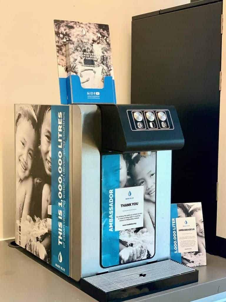 L'Oreal installeerde 6 waterkoelers van Made Blue op kantoor en doneert zo 6 miljoen liter schoon drinkwater per jaar.