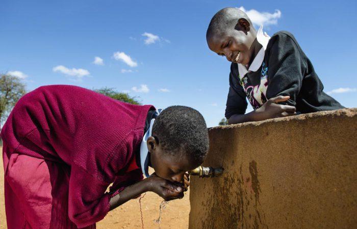 Schoon drinkwater voor iedereen: MADE BLUE en Amref - Ethopië