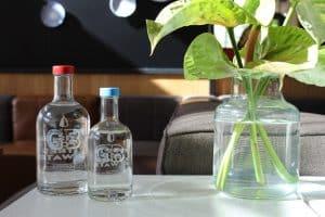 Made Blue flessen in de Gourmet Bar van Novotel Schiphol Airport