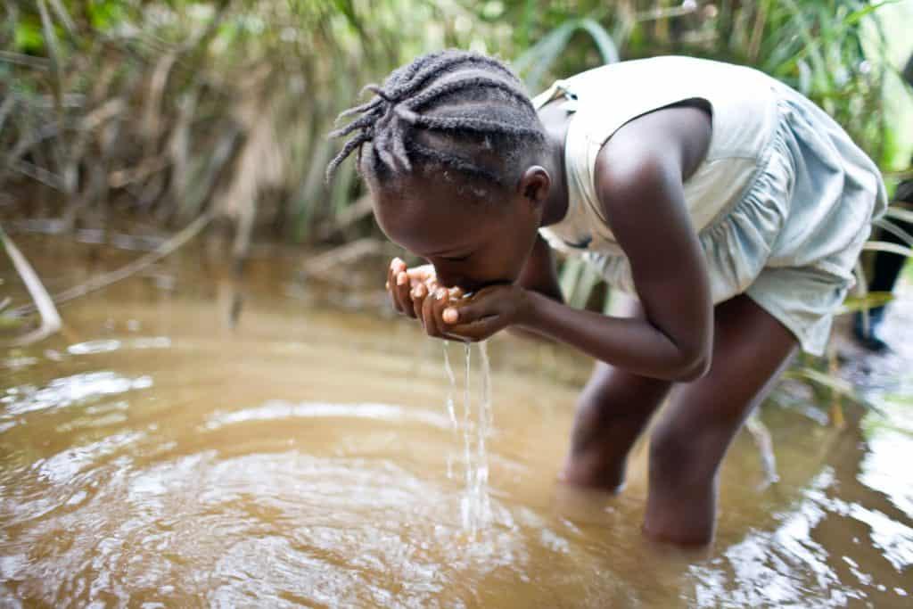 Waarom is gebrek aan schoon drinkwater een probleem