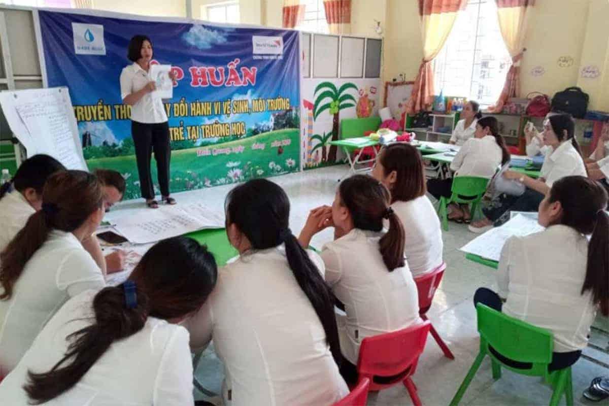 Basisschool docenten worden opgeleid om zelf voorlichting te geven